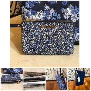 Michael Kors Bags - NWT Michael Kors md carry all floral Tote&wristlet